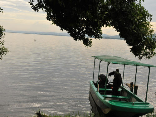 LIST & MAP NATIONAL PARKS UGANDA PDF: Boat excursion on Lake Mburo.