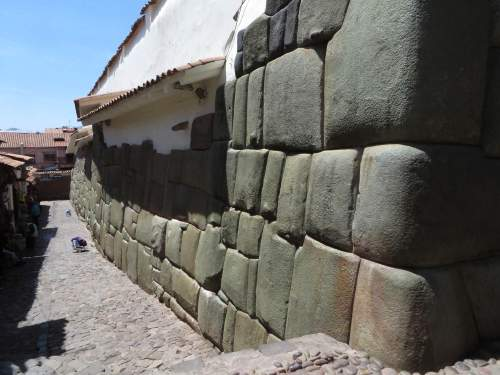 NATIONAL PARKS OF PERU [WHICH ARE BEST]: Inca stones, Cusco, Peru.